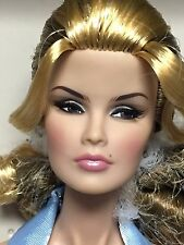 91403 Integrity Supermodel Convention Cover Girl Veronique Perrin Dressed Doll