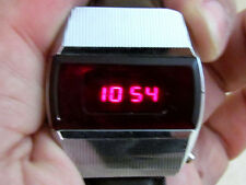 ELEKTRONIKA-1 PULSAR red led DIGITAL USSR vintage men's QUARTZ wristwatch