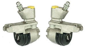 Pair of New Large Rear Wheel Brake Cylinders for TR4,4A, TR250 and TR6 .875 Bore