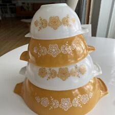 PYREX Butterfly Gold Cinderella Nesting Bowls - Complete Set of 4 - Yellow White