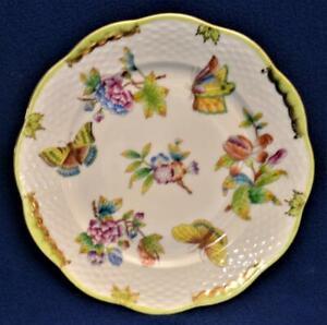 "Vintage c1950 HEREND Hungary Porcelain QUEEN VICTORIA 7 1/4""d Salad Plate"