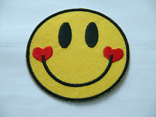 NOVELTY SMILEY FACE SEW ON / IRON ON PATCH:- SMILING FACE TWIN RED LOVE HEARTS