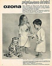PUBLICITE ADVERTISING 084  1963  OZONA  peignoirs de bain pour enfants