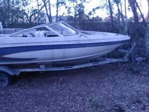 1995 Glastron 17' Bowrider & Trailer - Florida