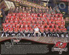 2007 TAMPA BAY BUCCANEERS NFL FOOTBALL 8X10 TEAM PHOTO