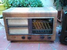 RADIO ANTIGUA VALVULAS DE MADERA OJO MAGICO. A 125 v.