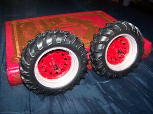 Parts, Prestige International 986 rear wheels, 1/16, Ertl, NICE, custom ideas IH