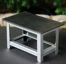 77531 American Diorama Metal Work Bench Metall Werkbank Werktisch 1 24