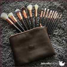 Makeup brush set with bag
