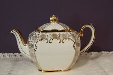 BEAUTIFUL SADLER ENGLAND CUBE IVORY TEAPOT WITH GOLD TRIM NUMBERED