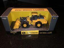 1/50 ERTL Diecast John Deere 824J Wheel Loader NIB