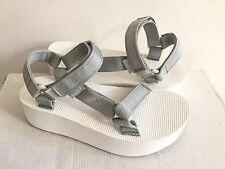TEVA FLATFORM UNIVERSAL RADIANT SILVER PLATFORM SANDALS US 9 / EU 40 / UK 7 NEW