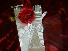 superbes gants  blancs ,dentelle   soirée ,mariage ,sorties théatre
