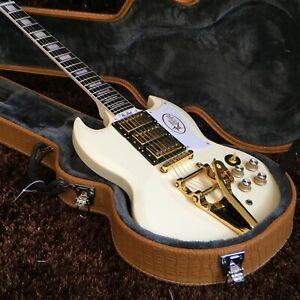 Guitar Production Plant Custom Made Electric Guitars White Vibrato Guitar