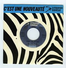 45 RPM SP IKE & TINA TURNER LIVING FOR THE CITY (ITALY)