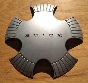Buick LeSabre center cap 2000-2001 part number 9592923 02