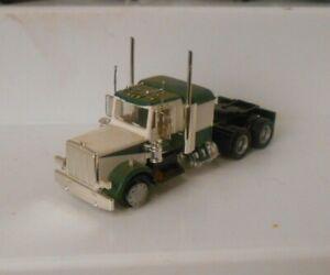 Athearn HO Kenworth Tractor Truck Sleeper Cab #3 (TZ219)