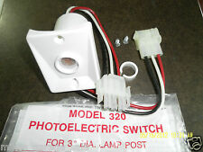 "WHITE PHOTOELECTRIC SWITCH MODEL 320  3"" DIA LAMP POST 120V WHITE IN COLOR"