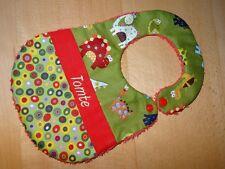 Lätzchen mit Name Dinos grün Handmade Farbenmix Dinos