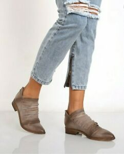 Free People Lost Valley Ankle Boots Taupe Leather Distressed Boho Shoes Sz.38 8?