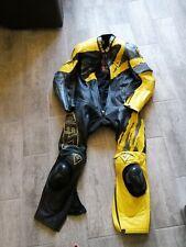 Combarde moto, dainese, taille 48 ou XL, cuir, noir et jaune, excellent état