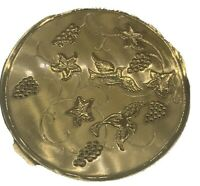 Vintage Richard Hudnut Compact Grapevines and Birds Gold Tone