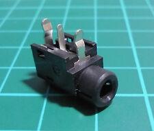 BASE CONECTOR JACK HEMBRA 3,5mm. ESTEREO A PLACA MONTAJE PCB GRUNDIG 032932R