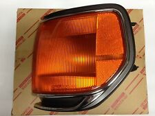 NEW Genuine OEM Toyota Land Cruiser 95-97 LEFT front parking lamp