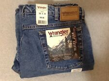 Wrangler Men's 38x34 Rugged Wear Fleece Jean Relaxed Fit NWT! (#CB29-6)