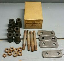 NORS NOS New Vintage 1932-34 Harris Brand Ford Rear Spring Shackle Set 1945369