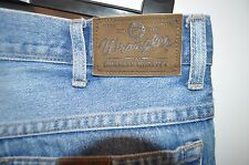 Vintage Wrangler Durable quality blue jeans size W 34 L 30 zip fly