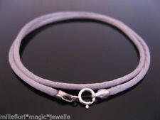 Collares y colgantes de bisutería grises sin piedra