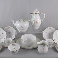 Meissen chinesische Streublümchen Tee und Kaffeeservice, Neumarseille, 24 Teile