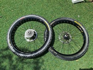 """DOWNHILL DH Front Rear MTB WHEELSET 26"""" w/ Maxxis Tyre, Rotors,  Hubs, Cassette"""