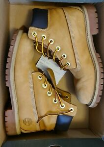 Timberland Ladies Boots Size 4,5