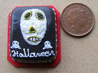 1:12 Scale Oblong Halloween Cake With Black Icing Dolls House Miniature NC7a