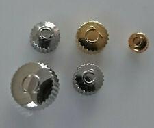 Konvolut-Lot! OMEGA Swiss Armbanduhren Kronen in Stahl/Gold. Verschiedene Größen