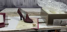 Just The Right Shoe By Raine Pastiche 25048