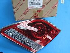 GENUINE LEXUS 8159033101 ES300 / ES330 LAMP ASSY,RR,LEFT 81590-33101 !