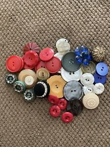 Mixed Lot Of Vintage Buttons