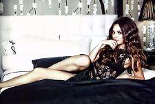 Mila Kunis Unsigned 8x12 Photo Black Lingerie (12)