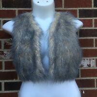 W118 by WALTER BAKER Cropped Faux Fur Vest Small Gray