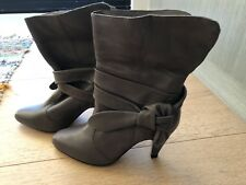 Brand New Witchery Leather Boots Heels Grey Colour Bow Details Size 36