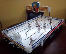 Munro Official Bobby Hull  Hockey game 1960's table top hockey game