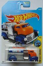 2017 Hot Wheels HW CITY WORKS 7/10 Fast Gassin' 144/365 (Orange Cab Version)