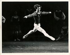 RUDOLF NUREYEV , GISELLE - ORIGINAL ca 1970's LONDON FESTIVAL BALLET PRESS PHOTO