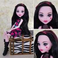 Mattel Monster High Monstrous Rivals Draculaura Vampire Doll From 2 Pack