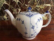 Royal Copenhagen Fluted Half Lace Teapot 1 0 Liter