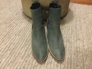 DJANGO & JULIETTE above Ankle Pull On Boots Grey Suede Leather Size 39