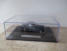 Modellauto Oxford Diecast Bentley S1 Continental  Maßstab 1:43 in Vitrine